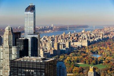 Картина Вид с воздуха Центральный парк осенью с Upper West Side в Манхэттене, Нью-Йорк. Вид включает в себя Midtown небоскребы, реку Гудзон и мост Джорджа Вашингтона.