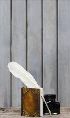 Картина Стол древнего писателя - книга, перо, чернила на деревянной грубой SurfA