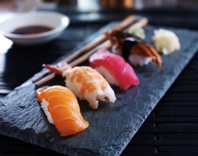 Картина Ассорти суши нигири на шифер