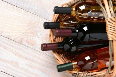 Картина Корзина винных бутылок