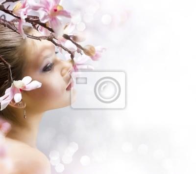 Картина Красивая девушка с цветком