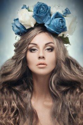 Картина Красивая женщина с венком.
