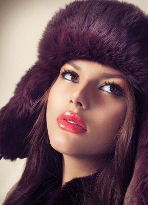 Картина Красота Мода Модель Девушка в меховой шапке