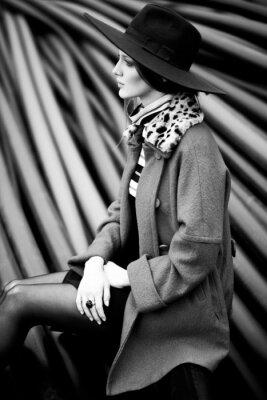 Картина черно-белый женщина мода
