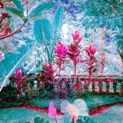 Картина Сюрреальные цвета фантазийного тропического сада с удивительными растениями и цветами