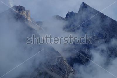 Картина Кратер горы Мерапи. Слеман Джокьякарта, Индонезия.