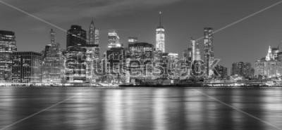 Картина Черно-белая панорама в Нью-Йорке ночью, США.