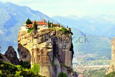 Картина Монастыри Метеоры, расположенные в Греции в районе Фессалии