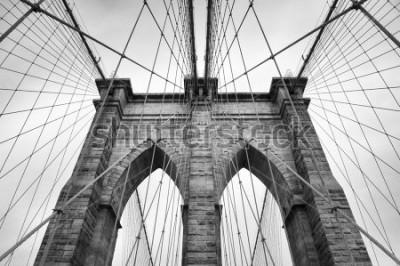 Картина Нью-Йорк Сити Бруклинский мост в архитектурных деталях в бесконечном черно-белом