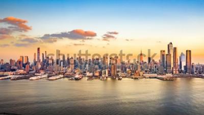 Картина Воздушная панорама небоскребов Манхэттена в солнечный день