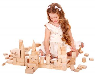 Детский игра строительных блоков.
