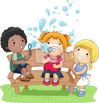Дети пузыри в парке
