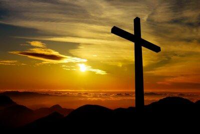 Картина Христианский крест на фоне заката