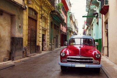 Картина Классический старый автомобиль на улицах Гаваны, Куба