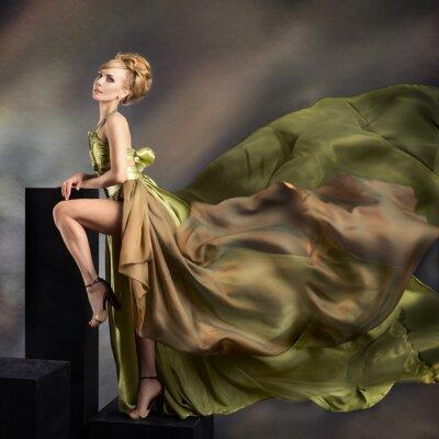 Картина Крупным планом моды портрет молодой красивой женщины