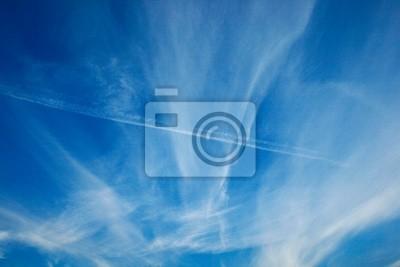 облачно голубое небо