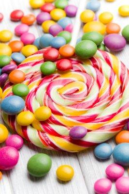 Картина цветные конфеты и леденцы