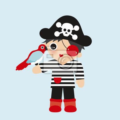 Симпатичный маленький пиратский мальчик с черепной шляпой и другом попугая в полосатой футболке