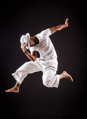 Картина Танцовщица танцы в белой одежде