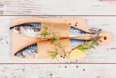 Картина Вкусные блюда из свежей рыбы.