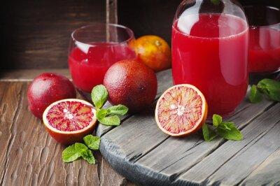 Картина Вкусный сок с красными апельсинами и мятой