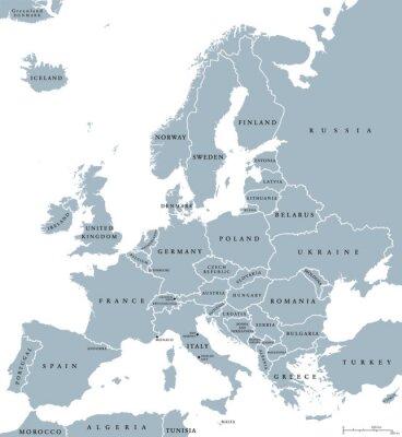 Картина страны Европы политическая карта с национальными границами и названиями стран. Английский маркировки и масштабирование. Иллюстрация на белом фоне.