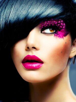 Картина Мода модель брюнет Портрет. Прическа