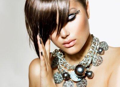 Картина Мода Glamour Beauty девушка с стильный прическа и макияж
