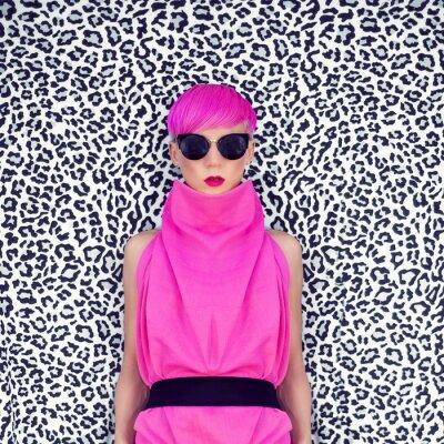 Картина моды портрет девушка с модный прически