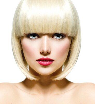 Картина Мода Стильный портрет красотки. Красивая девушка в лицо крупным планом