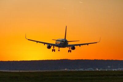 Картина Самолет земля аэропорт солнце закат отпуск отпуск путешествие путешествия