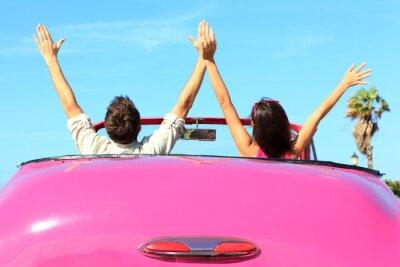 Картина Свобода - счастливый бесплатно пара в автомобиле