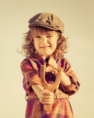 Картина Забавный малыш съемки деревянный рогатки