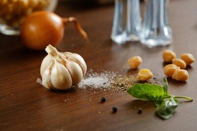 Картина Чеснок, соль, перец и лук