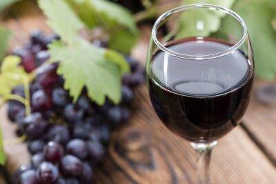 Картина Стекло с красным вином