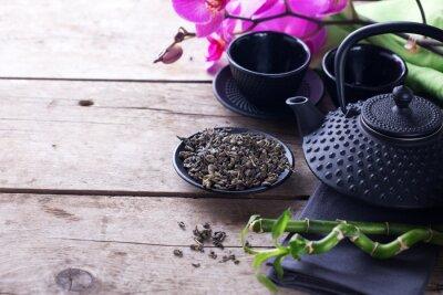 Картина Зеленый чай в миску и традиционных азиатских чая набор на возрасте деревянные