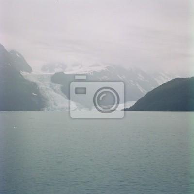 Картина серый