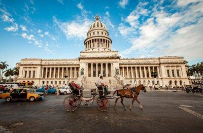 Картина Гавана, Куба - 7 июня: капитальное строительство Кубы 7 июня 2011 я