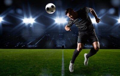 Картина Испанец футболист отправиться мяч