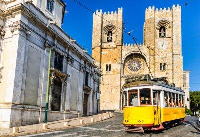 Картина Historic yellow tram of Lisbon, Portugal
