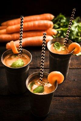 Картина Самодельный морковный сок
