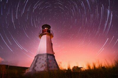Картина Маяк с ночного неба на фоне звезд трасс