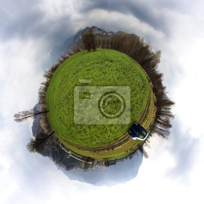 Маленькая планета 360 °