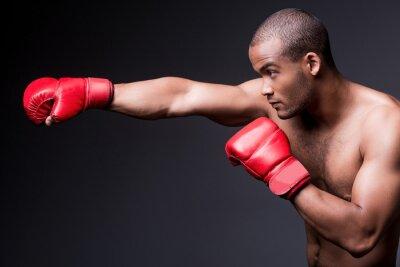 Картина Человек по боксу.