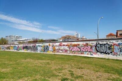 Картина Стена и др. Pelouse Verte. Берлин.