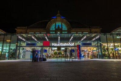 Картина Nachtaufnahme де Bahnhofes в Halle Saale