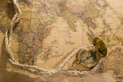 Картина старый компас и веревку на урожай карте