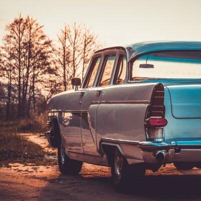 Картина Старый ретро или винтаж автомобиль задняя сторона. Урожай обработки эффект