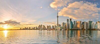 Картина Панорама Торонто горизонта на закате в Онтарио, Канада.