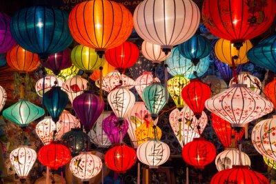 Картина Бумажные фонарики на улицах старого города азиатского